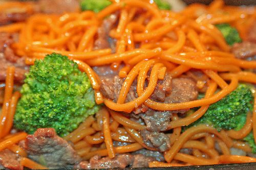 Free--Chicken Lo Mein - Click Image to Close